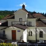 Pensjonat Skarbówka – widok od frontu